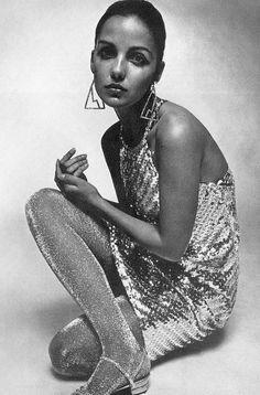 "deshistoiresdemode: ""  Donna Mitchell wearing Susan Small _ Photo by David Montgomery, Vogue UK, 1966. """