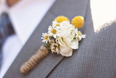 25 Rustic Boutonniere Ideas - Check out these 25 Rustic Boutonniere Ideas for your rustic chic wedding!