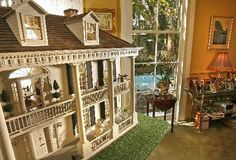 Esplanade model home - dollhouse It makes me think of the movie The Secret World of Arrietty