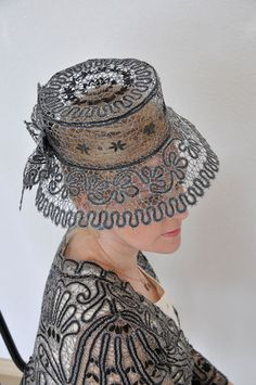 Russian Yelets lace.  I'm in love..... :))