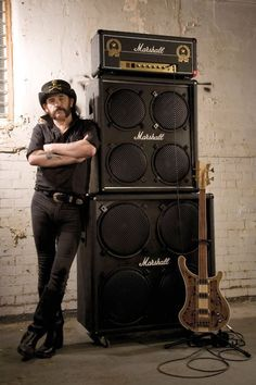 You can keep the bass Lemmy but I'll gladly take that stack off your hands.  Guitarbage Bass Lemmy rickenback Motorhead Marshall Amp