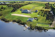 Ask Bec- New wedding venues in Victoria? Look no further than Campbell Point House! Amazing Destinations, Holiday Destinations, Conservatory Garden, Rich Home, Mansions For Sale, Luxury Accommodation, Luxury Holidays, Wedding Venues, Wedding Ideas