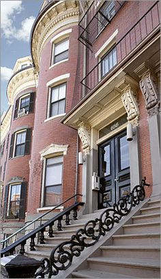 Boston brownstone Boston Brownstone, Brownstone Homes, Townhouse, Historic Architecture, Architecture Design, Beautiful Buildings, Beautiful Homes, Building Renovation, City Scapes