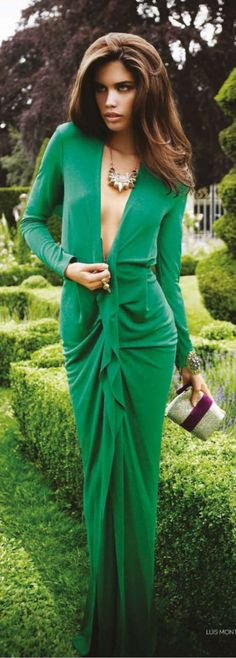 68 Ideas dress green emerald glamour for 2019 Lady Like, Green Fashion, Love Fashion, Womens Fashion, Diva Style, My Style, Robes Glamour, Vestido Dress, Organza