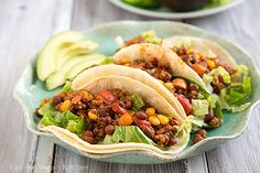 You won't miss the flavor or texture of meat with this vegan taco filling made with pinquito beans and quinoa. Gluten-Free and Fat-Free, too! Quinoa Burger, Quinoa Tacos, Vegan Tacos, Bean Recipes, Vegetarian Recipes, Vegetarian Tacos, Healthy Recipes, Vegan Meals, Healthy Meals