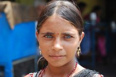 India People | India - People Beautiful Blue Eyes, Beautiful People, Indian Natural Beauty, Indian People, Cool Eyes, Amazing Eyes, African Tribes, People Of The World, Small World