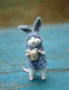Made to order Little mouse Mouse bunny Mouse in bunny suit Beautiful mouse Grey bunny Gift for her Gift for him Cute bunny Felted mouse Felt Needle Felted Animals, Felt Animals, Needle Felting, Funny Animals, Cute Animals, Mouse Crafts, Felt Crafts, Felt Mouse, Cute Mouse