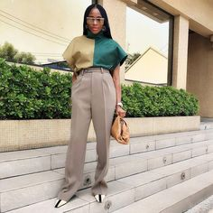 Image may contain: 1 person, standing Trendy Outfits, Cool Outfits, Fashion Outfits, Style Fashion, Black Slacks Outfit, Smoking, Look Plus Size, Daily Dress, Black Women Fashion