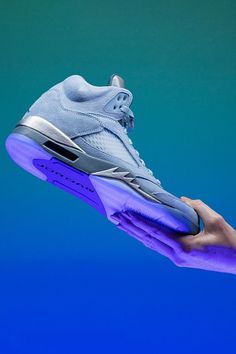 """The Air Jordan 5's 30th anniversary was last year, but the iconic model continues to have its time in the spotlight in 2021, as well. The latest must-have look for Michael Jordan's fifth signature shoe is this clean """"Bluebird"""" suede colorway for women."""