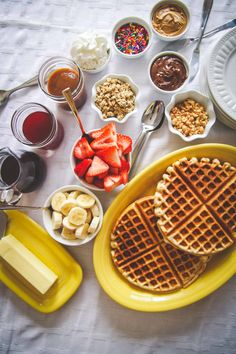 How to make a waffle bar, waffle bar for brunch