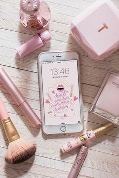 Find images and videos about pink, makeup and iphone on We Heart It - the app to get lost in what you love. Pink Love, Pretty In Pink, Rose Gold Aesthetic, Aesthetic Makeup, Image Tumblr, Tout Rose, Accessoires Iphone, Flat Lay Photography, Everything Pink