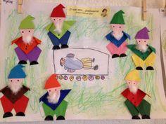 Sneeuwwitje en de 7 dwergen vouwen - sprookjes. Leuk als groepswerk.