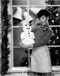 Yvonne Craig aka BatGirl in Batman Yvonne Craig, Yvonne De Carlo, Merry Christmas And Happy New Year, Christmas Music, Retro Christmas, All Things Christmas, Christmas Classics, Christmas Girls, Merry Xmas