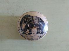 Bone inlay handmade round box