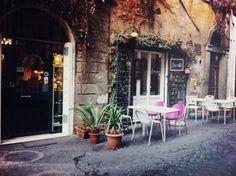 Monti district in Rome - by BulloanItalianBlog.com