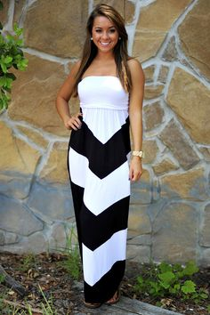 Get To The Point Maxi Dress: Black   Hope's