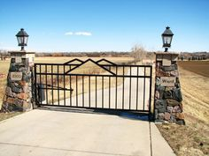 Ranch entryways ranch residential entry gates property custom diy driveway gates solutioingenieria Image collections