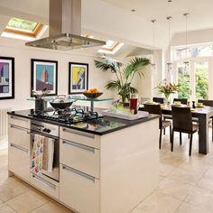 White modern kitchen-diner