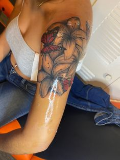 Dope Tattoos For Women, Butterfly Tattoos For Women, Shoulder Tattoos For Women, Sleeve Tattoos For Women, Red Ink Tattoos, Girly Tattoos, Pretty Tattoos, Body Tattoos, Tatoos