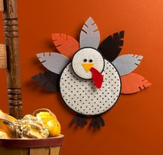Turn an unused embroidery hoop into an adorable Thanksgiving decoration! | AllFreeKidsCrafts.com