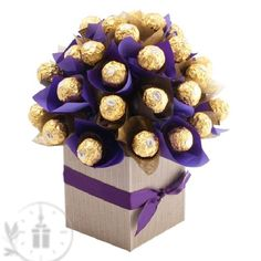 """""""Sweet Like Chocolate"""" Bouquet! You can be sure to sweeten up anyone's day with this delicious and unique chocolate bouquet! The sweetest way to tell someone… Bouquet Box, Diy Bouquet, Candy Bouquet, Bouquets, Sweet Like Chocolate, Chocolate Gifts, Ferrero Rocher Gift, Ferrero Rocher Bouquet, Chocolate Flowers Bouquet"""