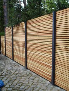 17 Impressive English Garden Fencing Ideas 3 Effortless Cool Tricks How To Build A Bamboo Fence fence photography secret gardens Sliding Pool Fence iron fence balcony Front Garden Fence Backyard Privacy, Backyard Fences, Fence Garden, Backyard Landscaping, Landscaping Ideas, Garden Art, Cheap Garden Fencing, Privacy Fence Landscaping, Fence Planters