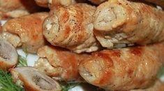 Свиные рулеты  Ингредиенты:  ● 500 гр свиной шейки ● 300 гр шампиньонов ● 1 большая луковица ● 0,5 стакана красного вина ● 150 гр сыра ● 1-2 груши ● соль, перец  Ингредиенты:  1. Мясо нарезаем на продолговатые ломтики, отбиваем, солим, перчим. Лук нарезаем полукольцами, грибы - пластинами, грушу - небольшими кусочками. Сыр нарезаем полосочками толщиной 0,5*0,5 см. 2. Лучок обжариваем до прозрачности, присоединяем грибы, тушим 10 минут. Остужаем. Добавляем грушу, все хорошо перемешиваем. 3…
