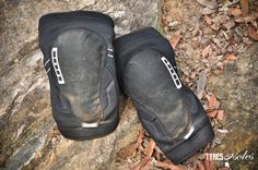 TESTED: ION K-Lite Knee Pads http://tyresandsoles.com/2017/10/05/tested-ion-k-lite-knee-pads/ Finally! We get our cake and eat it with the ION K-Lite knee pads. A great pair of pads to protect your knobbly bits.  #ionbike #mtb #mtbprotection #bodyarmour