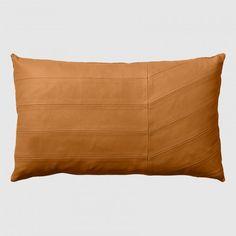AYTM - Coria leather cushion