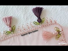 Needle lace pattern with beautiful tassels for floral writing - pregnant Crochet Flower Tutorial, Crochet Flowers, Point Lace, Needle Lace, Needlework, Tassels, Make It Yourself, Embroidery, Writing