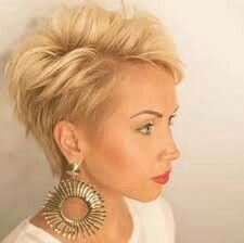 Short hairstyle Thin hair men women hair trends - Teenage girls and men short hairstyle Thin hair to come with a design of 2017 hairstyles for short h. Chic Short Hair, Short Thin Hair, Short Hair Cuts, Cute Hairstyles For Short Hair, Hairstyles Haircuts, Medium Hair Styles, Short Hair Styles, Hair Today, Fine Hair