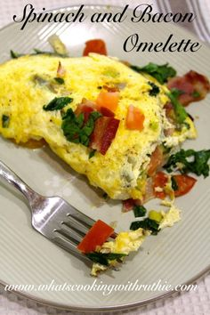 Spinach and Bacon Omelette! Making this for sunday brunch!! by whatscookingwithruthie.com #recipes #brunch