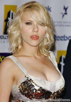 Scarlett Johansson Like : www.unomatch.com/scarlettjohansson #scarlettjohansson #amercianactress #singer #unomatch #hollywood #model #celebritygossip