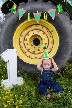 Super baby first birthday cake boy john deere 56 ideas Baby First Birthday Cake, Birthday Gifts For Kids, 1st Birthday Parties, 2nd Birthday, Boy Birthday Pictures, First Birthday Photos, John Deere Party, Tractor Birthday, First Birthdays