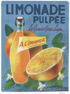 #Réclame publicitaire au tournant des années 50 des Grandes Caves de Lyon, installée à #Lyon 3 en 1920, chemin des Pins (actuellement avenue Lacassagne) qui produit également des #boissons non alcoolisées comme la #limonade pulpée. En 1962, elles sont rachetées par le groupe Kiravi, lui-même absorbé en 1966 par la Société des #vins de France, affaire familiale des vins Margnat, qui distribue 2,8 millions d'hectolitres de vins #numelyo #CulturePub #publicité #affiche #AfficheAncienne Hui, Lyon, Pin Up, Poster, Lemonade, Pinup, Posters