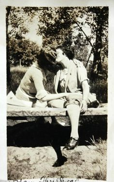 Vintage LGBT – Adorable Photographs of Lesbian Couples in the Past That Make You Always Believe in Love Lesbian Love, Vintage Lesbian, Lesbian Couples, Vintage Couples, Vintage Ladies, Anita Berber, Interesting History, Photos Of Women, Poses
