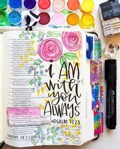 I love how simple and light this Bible journaling idea is: some stamping, some watercolor, some hand lettering, such a beautiful piece to try and copy! #biblejournalingideas