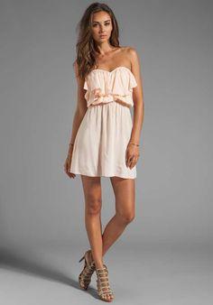 Vestidos cortos con volantes de moda casual verano 2013   http://vestidoparafiesta.com/vestidos-cortos-con-volantes-de-moda-casual-verano-2013/
