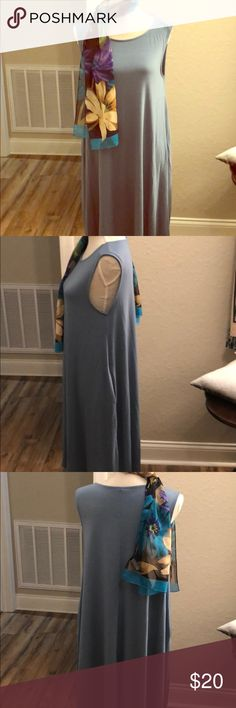 Sleeveless dress. NWOT. Smoky blue pocket dress. Knee length zenana premium Dresses Midi