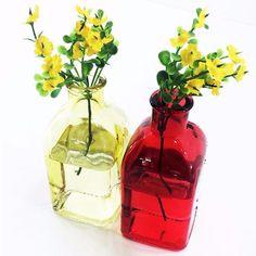 Garrafinhas coloridas! #garrafas #loucosporgarrafas #decor #decoraçãosimples