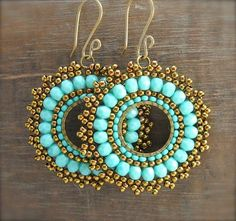 Another brick stitch around a circle ~ Seed Bead Tutorials