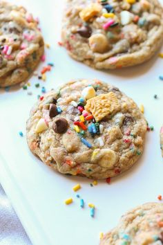Birthday Cake Chocolate Chip Cookies...loaded with chocolate, cake mix AND Oreos! | Cookies and Cups