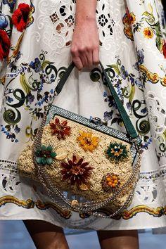 Sfilate Dolce & Gabbana - Collezioni Primavera Estate 2016 - Dettagli…