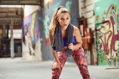 Diese Übungen haben es in sich, sie beanspruchen den gesamten Körper, wirken aber schnell und effektiv. Mit unserem täglichen 10 Minuten Workout werdet Ihr in kürzester Zeit fit.