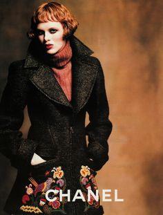 Karen Elson Chanel Fall 1997