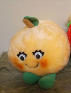 Another darling picture of Lushie Peach, Del Monte Country Yumkin, found in Google Images.