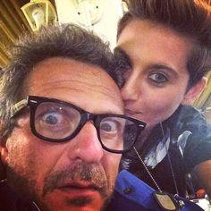 #AntonellaLoCoco Antonella Lo Coco: Confusi e felici!! My Producer @charlierapino !! Ehi Man ci siamo quasi al nuovo singolo e al nuovo videoclip!! #OPTIONAL #nuovosingolo #prestofuori #charlierapino #antonellalococo