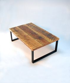 BarnBoard Coffee Table, I bet Mom could make something like this