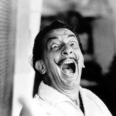 Salvador Dali: Eu não tomo drogas, sou drogas