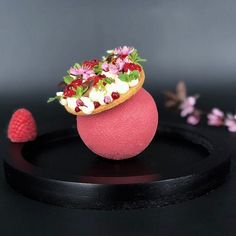 Patisserie Fancy Desserts, Köstliche Desserts, Plated Desserts, Delicious Desserts, Dessert Recipes, Healthy Desserts, Food Plating Techniques, Decoration Patisserie, Confectionery